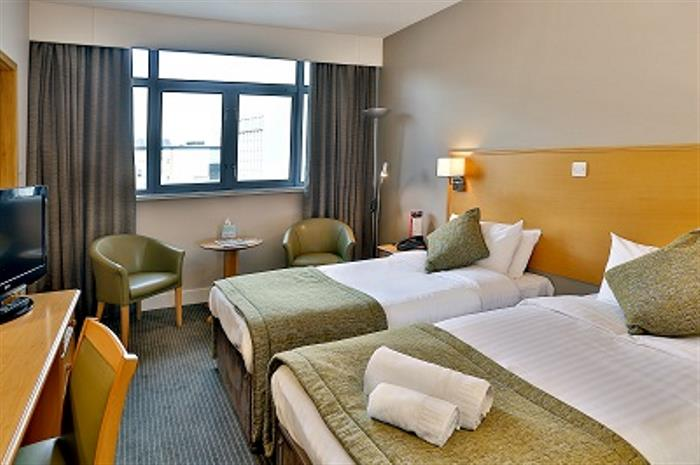 nottingham-city-centre-hotel-bedrooms-07-84221